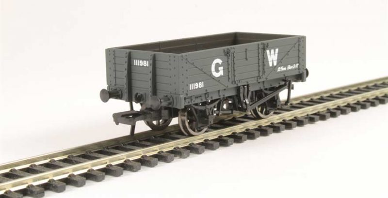 Branchline 37-068, 5 Plank Wagon Wooden Floor GWR Grey OO Scale Product Ref 37-068