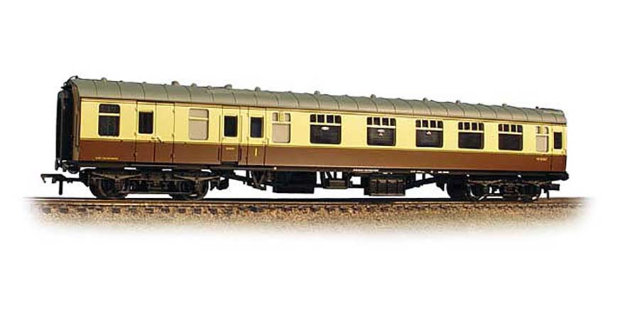 Branchline 39-229C, BR MK 1 BCK Coach Brake Composite Corridor Chocolate & Cream