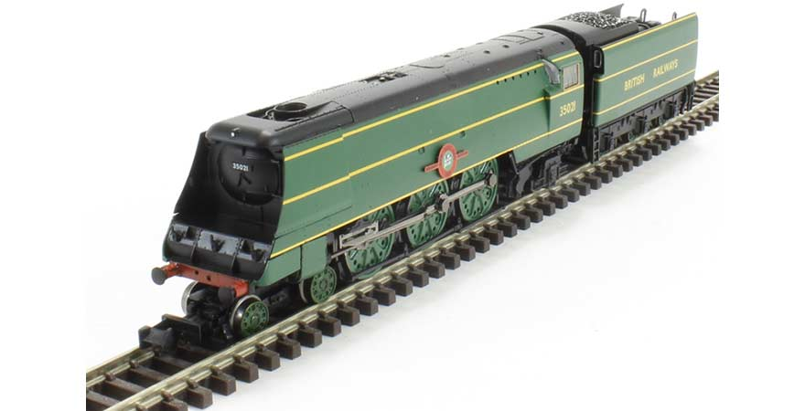 Graham Farish, 372-313, Merchant Navy Class 35021 'New Zealand Line' BR Malachite N Scale Product Ref 372-313