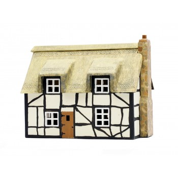 C020 Thatched Cottage