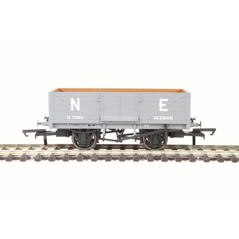 Oxford Rail 6 Plank Wagon LNER