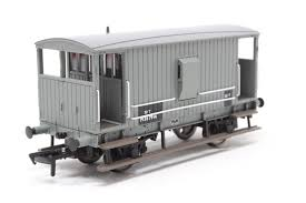 Branchline, 38-550, Midland Brake Van BR Grey (with Duckets), OO Scale